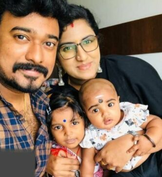 KPY Naveen with His Kids
