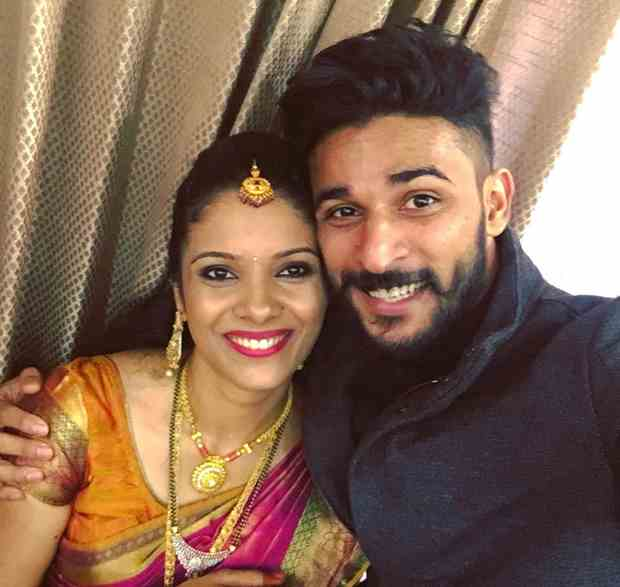 dileep-shetty-with-his-sister