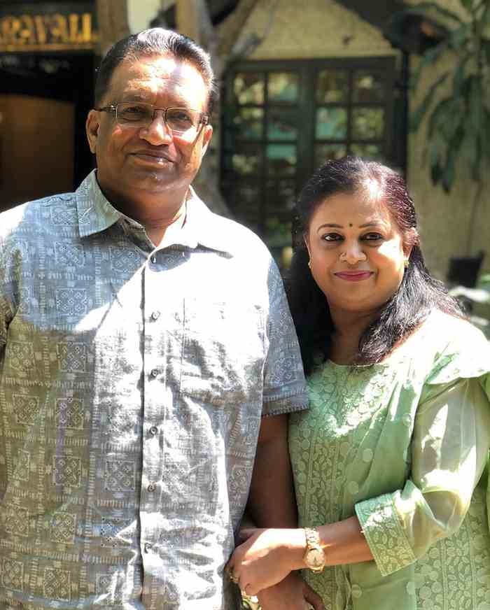 Nakshathra Nagesh mpther and father