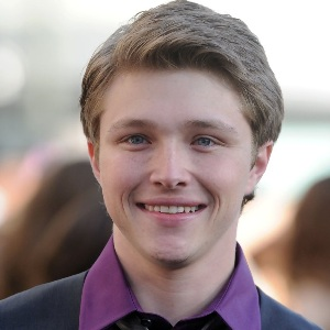 Sterling Knight age