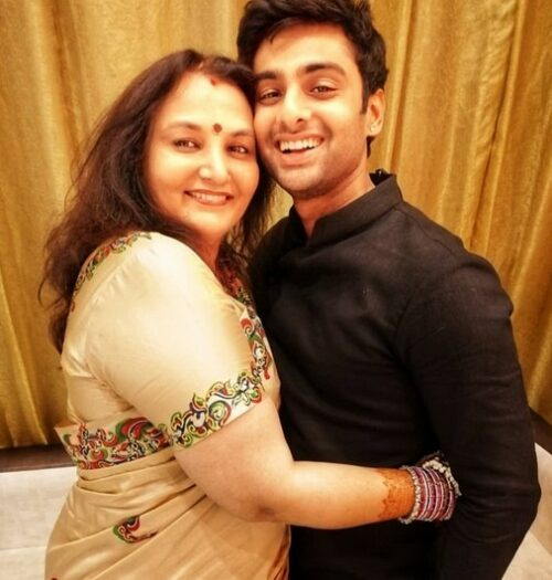 Vidyut Xavier With His Mother