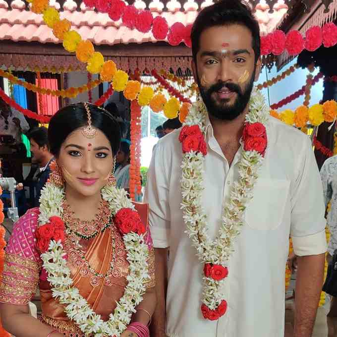 Anand Selvan With Co Actor Sharanya